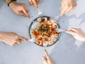 Pausa pranzo in ufficio: 2 alternative sane e gustose