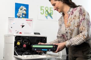 xerox cambio toner stampante